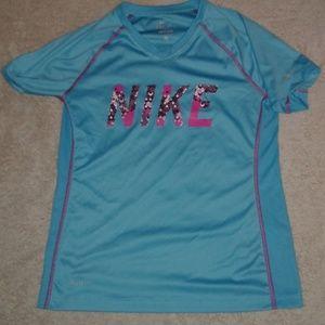 Nike Girls Dri-Fit Shirt L